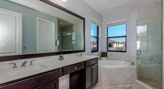 TownHouse in Hialeah